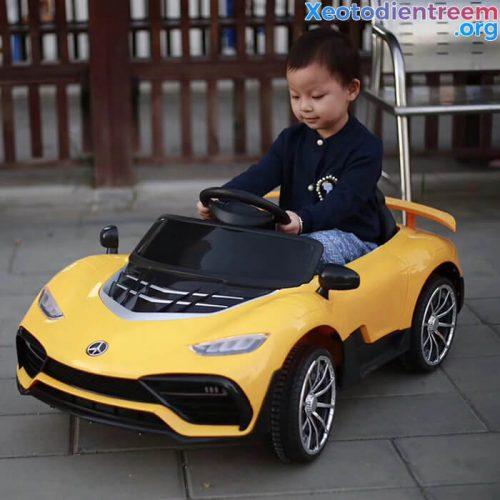Ô tô điện trẻ em chạy điện LT-5688