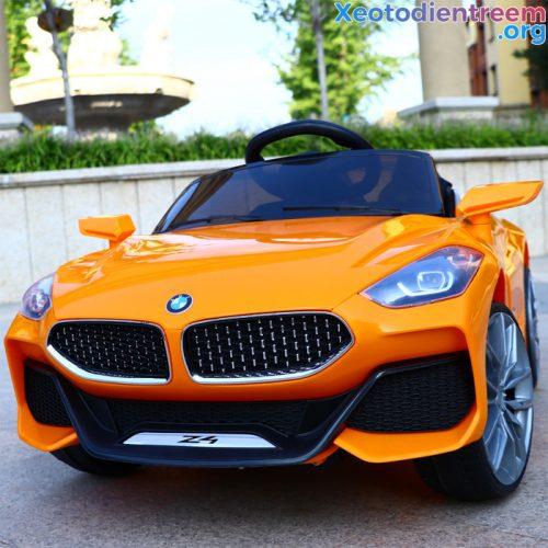 Xe hơi điện cho bé Z4