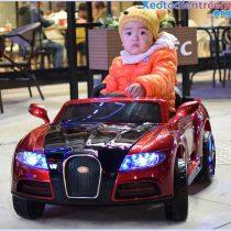 Xe ô tô điện dành cho bé RBT-528