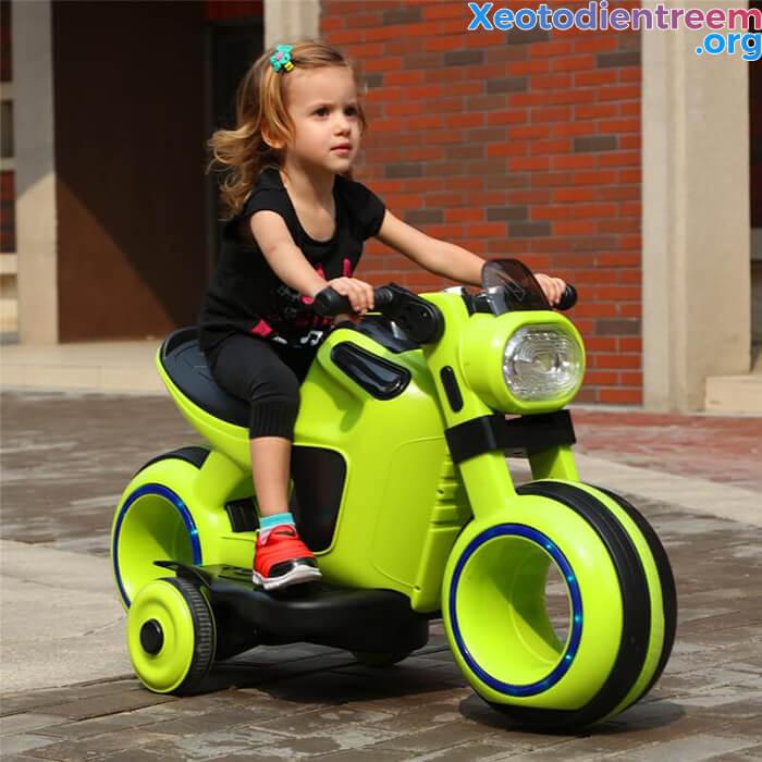 Những điều bạn cần lưu ý khi mua xe mô tô điện trẻ em 1