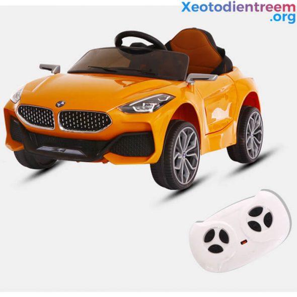 ô tô điện giá rẻ dành cho bé 5