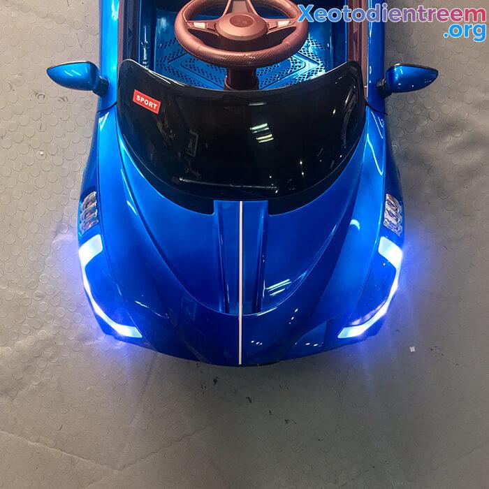 Xe ô tô điện thể thao cho bé FB6676 18