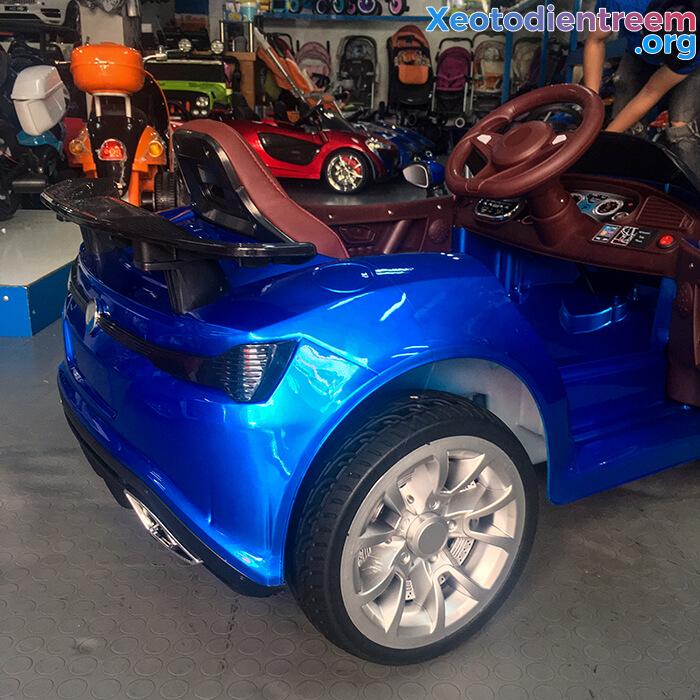 Xe ô tô điện thể thao cho bé FB6676 24
