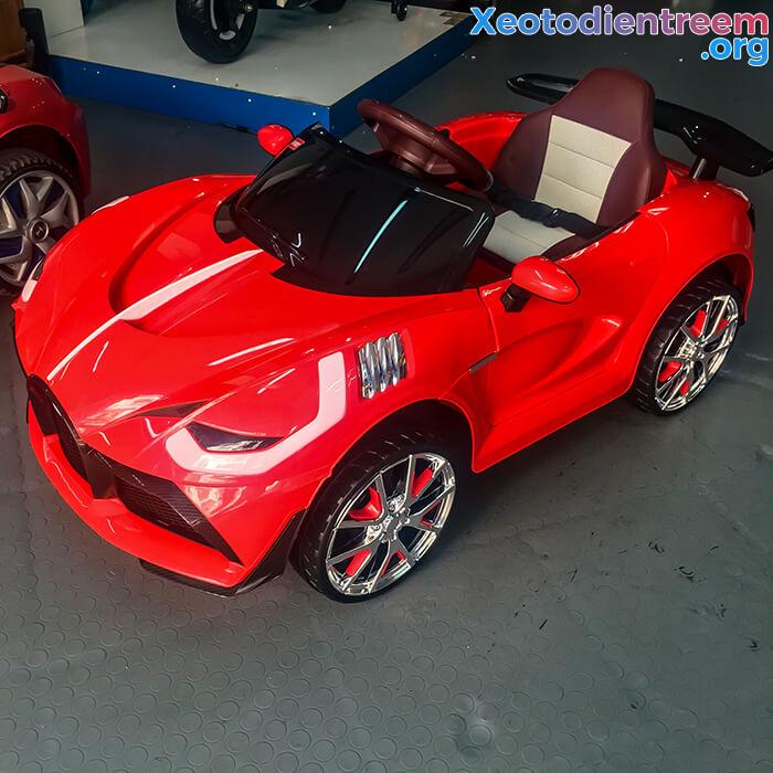 Xe ô tô điện thể thao cho bé FB6676 4