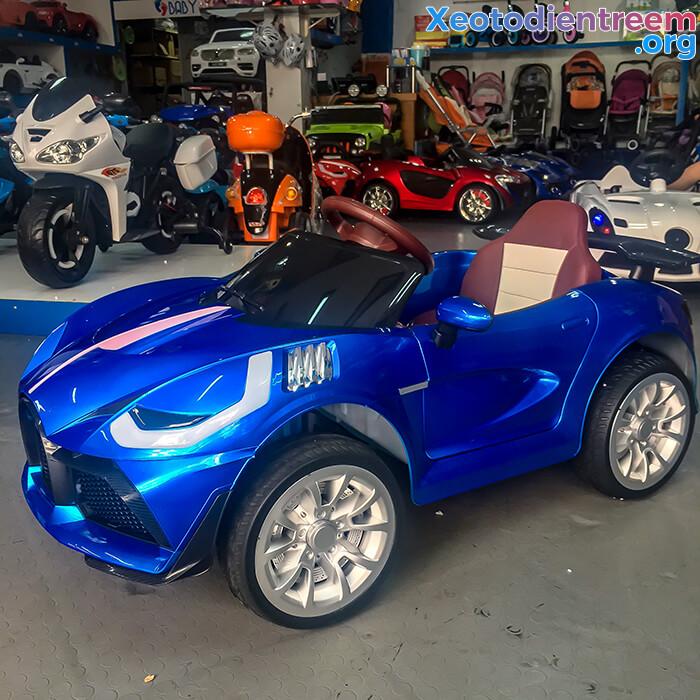 Xe ô tô điện thể thao cho bé FB6676 7