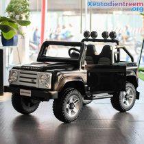 Ô tô điện cao cấp Land Rover 702
