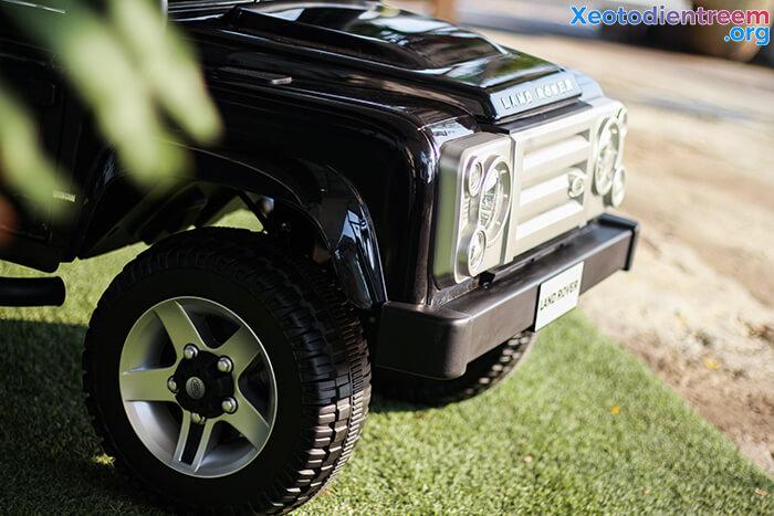 Land Rover 702 10