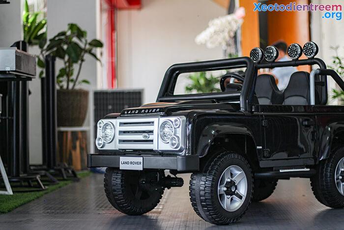 Land Rover 702 11