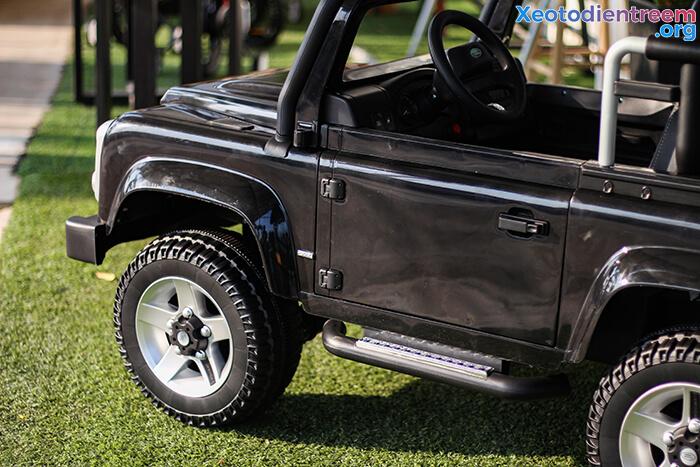 Land Rover 702 12