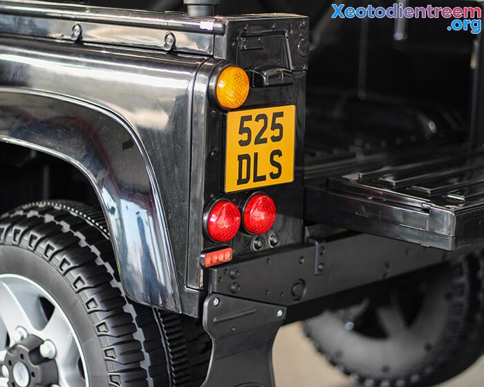 Land Rover 702 19