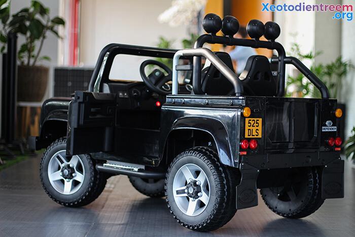 Land Rover 702 8