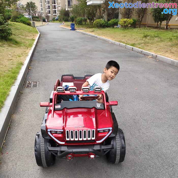 Ô tô địa hình cho bé BDQ-1200A 13