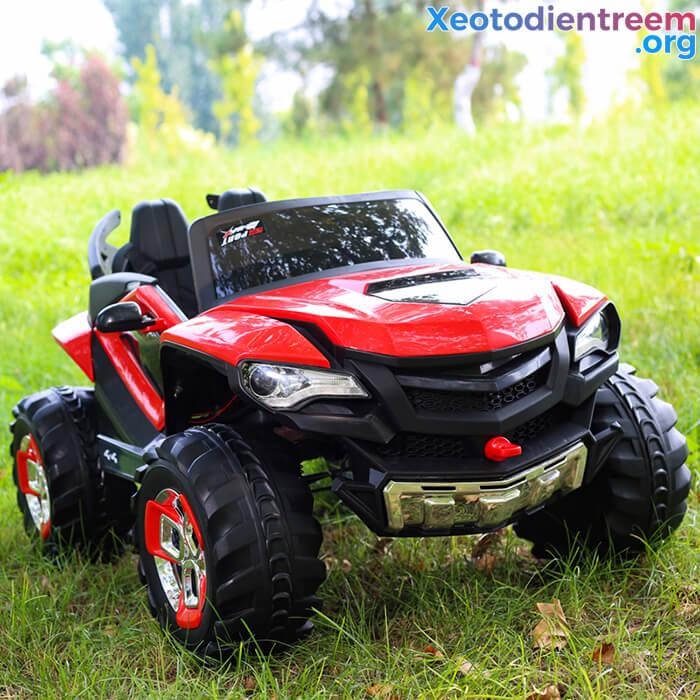 Xe ô tô điện kiểu jeep cho trẻ FB-6678 12