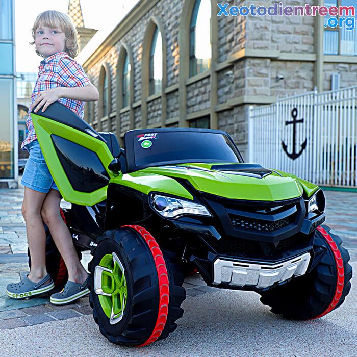 Xe ô tô điện kiểu jeep cho trẻ FB-6678 3