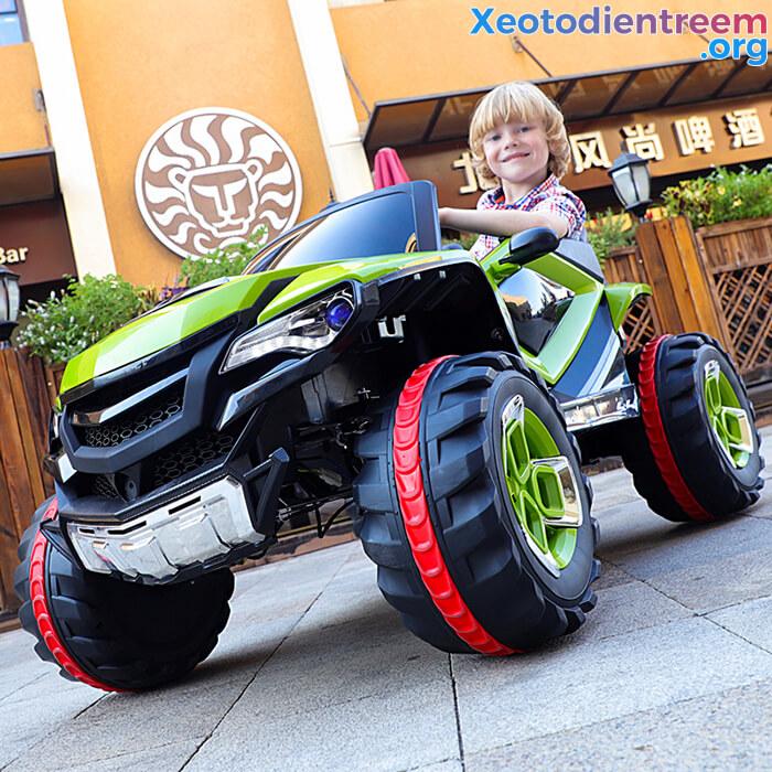 Xe ô tô điện kiểu jeep cho trẻ FB-6678 4