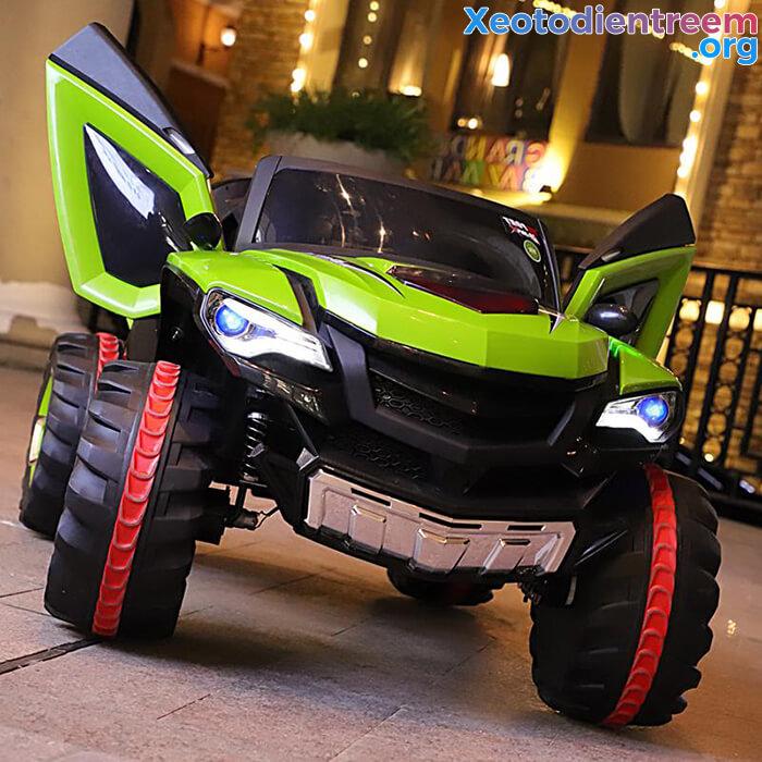 Xe ô tô điện kiểu jeep cho trẻ FB-6678 5