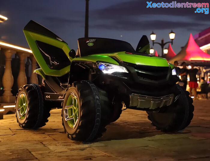 Xe ô tô điện kiểu jeep cho trẻ FB-6678 6