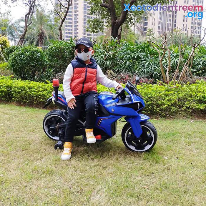 Xe mô tô điện trẻ em Police 3288 8