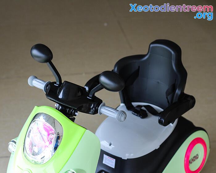 Xe máy điện đồ chơi cho bé Vespa 606 11