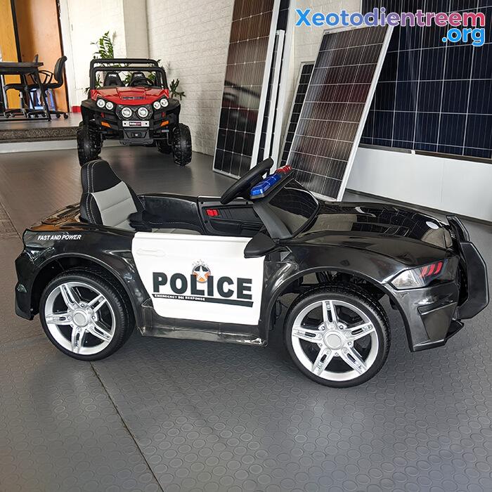 Xe oto điện cảnh sát cho bé BBH-0007 5