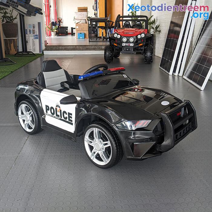 Xe oto điện cảnh sát cho bé BBH-0007 6