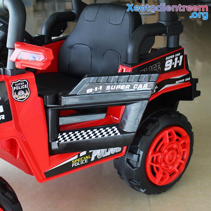 Ô tô trẻ em chạy điện Police 5168 16