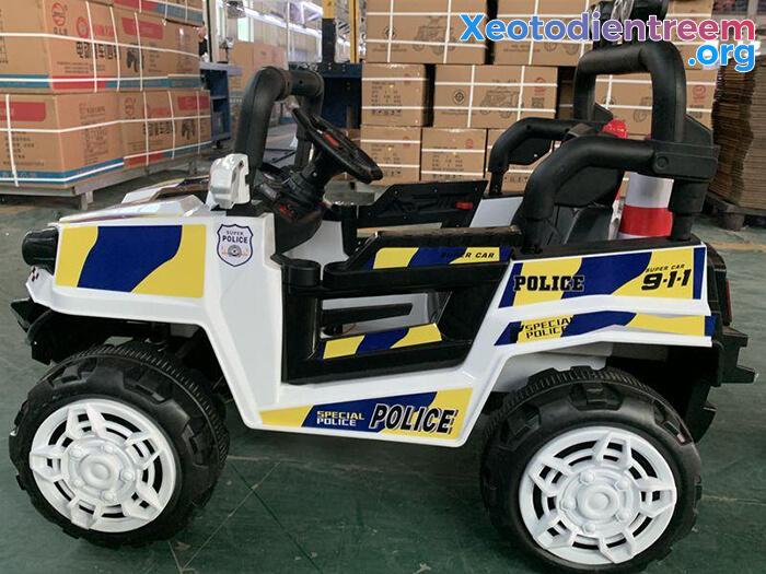 Ô tô trẻ em chạy điện Police 5168 8
