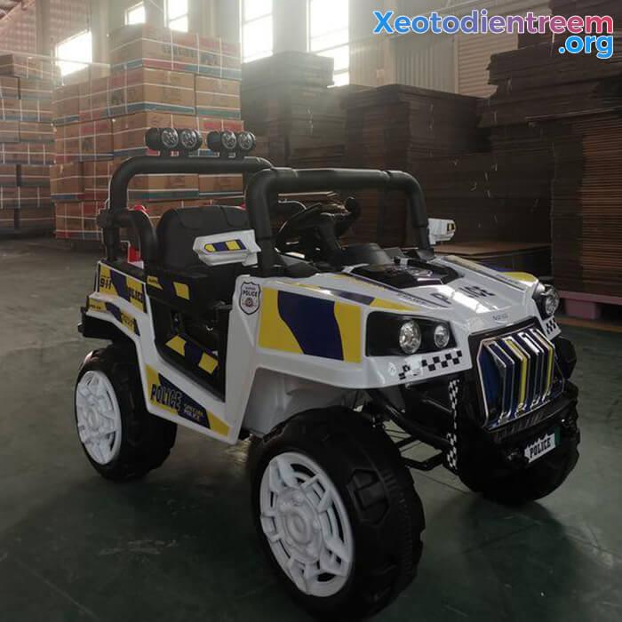 Ô tô trẻ em chạy điện Police 5168 9