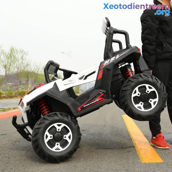 Xe oto Jeep chạy điện cho bé NEL-918 12