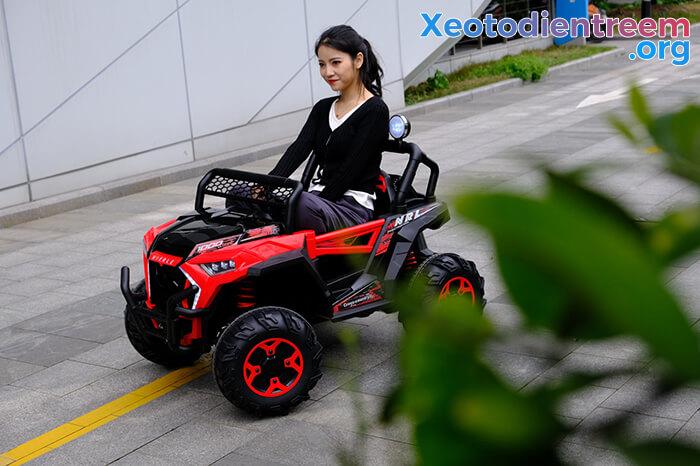 Xe oto Jeep chạy điện cho bé NEL-918 7