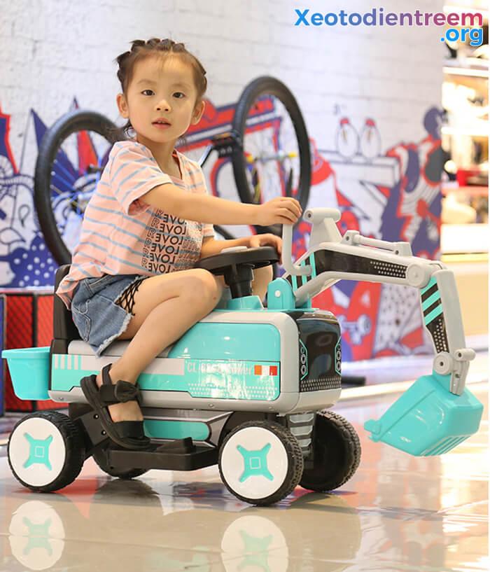 Máy xúc điện trẻ em CL-6800 10