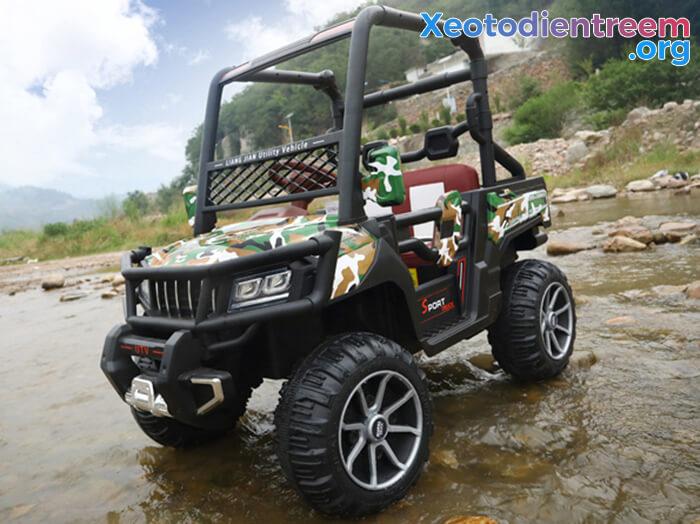 Ô tô điện trẻ em 4 động cơ KP-6688 12