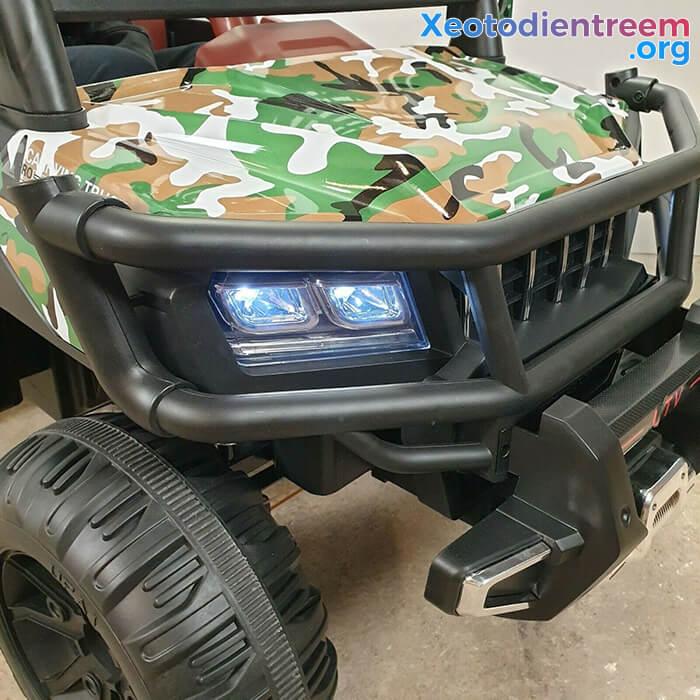 Ô tô điện trẻ em 4 động cơ KP-6688 15