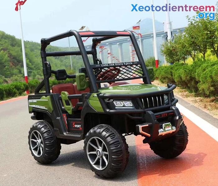 Ô tô điện trẻ em 4 động cơ KP-6688 3