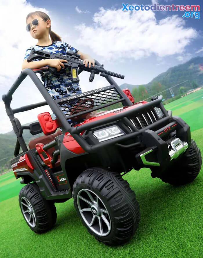 Ô tô điện trẻ em 4 động cơ KP-6688 5