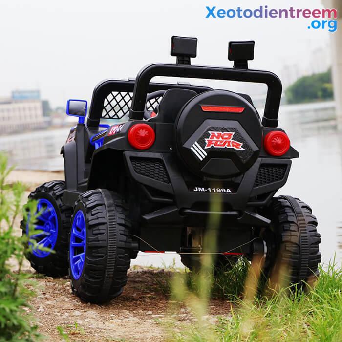 Xe ô tô jeep chạy điện cho bé JM-1199A 7