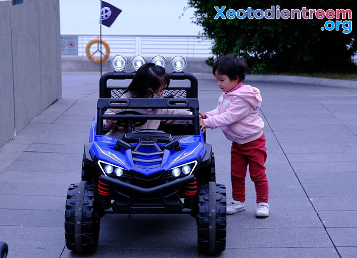 Xe điện địa hình cho bé UTV XGZ-1088 10