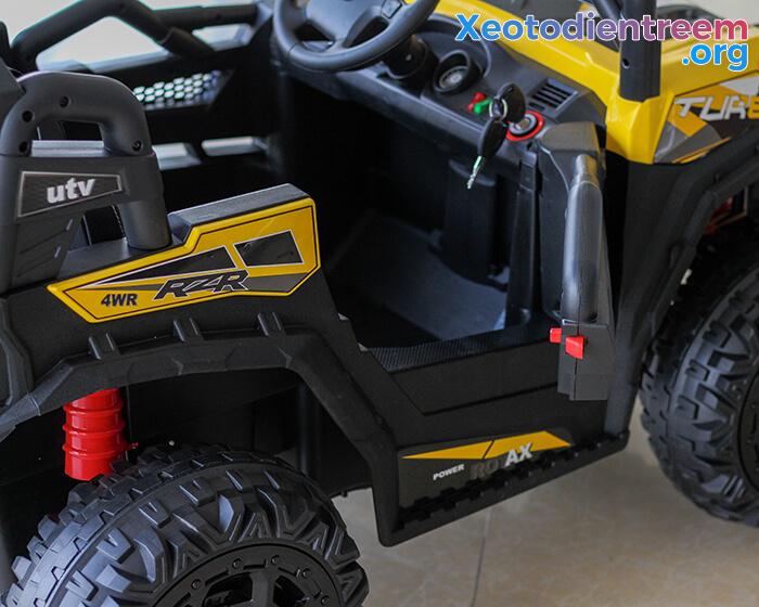 Xe ô tô điện Jeep cao cấp 4 động cơ HC-301 11